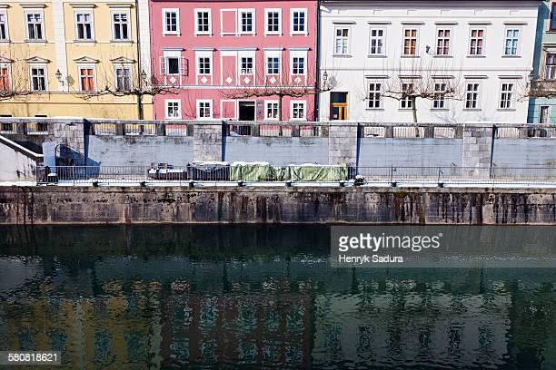 Slovenia, Ljubljana, Ljubljanica River and riverfront houses