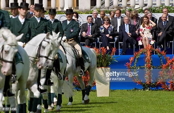 Slovenian Prime Minister Janez Jansa, his partner Urska Bacovnic, US President George W. Bush, US First Lady Laura Bush and European Union Commission...