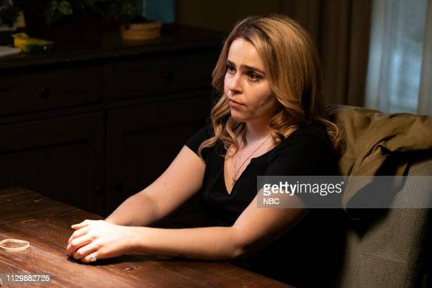 GIRLS 'Slow Down Children At Play' Episode 202 Pictured Mae Whitman as Annie Marks