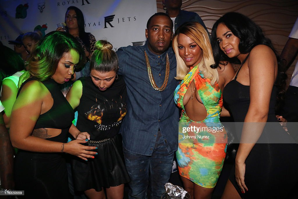 Slowbucks founder Windsor 'Slow' Lubin (c), reality TV personality Kimbella (2nd r), and guests attend NY Knicks player JR Smith, Slow Of Slowbucks & Big Ben's Birthday Celebration at Stage 48 on August 28, 2013 in New York City.