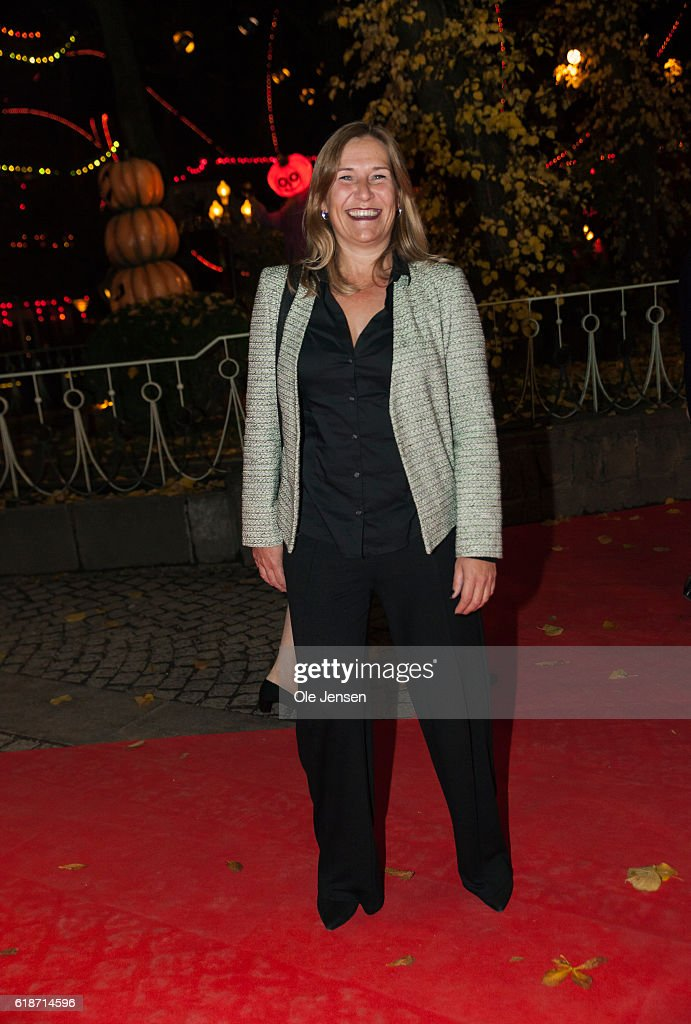 Sólrun Jákupsdóttir, Prime Minister Lars Lokke Rasmussen's wife, arrives to the Alvin Ailey American Dance Theater performance in the Tivoli Concert Hall in Copenhagen on October 27, 2016 in Denmark. During the play two youing artists will receive late Queen Ingrid's grant to young artists within music and dance. The award is to be presented by Queen Margrethe and her sisters Queen Anne-Marie of Grece and Princess Benedikte.