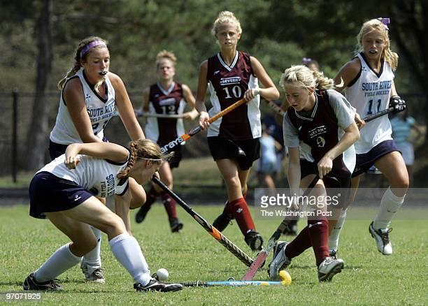 aa_fhock13 Date September 82007 Photographer Toni L Sandys/TWP Neg # 193913 Edgewater MD South River High School Invitational field hockey tournament...