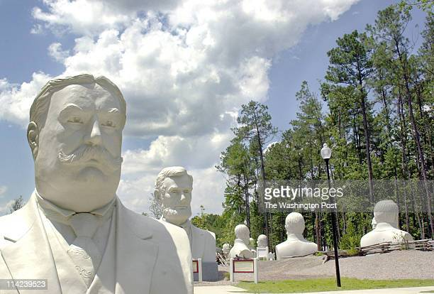 Location: Williamsburg, Va. Neg#.157638 photo by: Cathy Kapulka/staff caption: A bust of William Howard Taft looks forward with Abraham Lincoln and...
