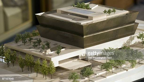 ST/MUSEUM Date Kevin Clark/The Washington Post Neg # clarkk Washington DC The winning architectual design of the National Museum of African American...
