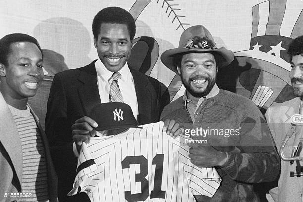 Free agent Dave Winfield the San Diego Padres' slugger ended speculation by agreeing to a 10year $13 million contract with the New York Yankees...