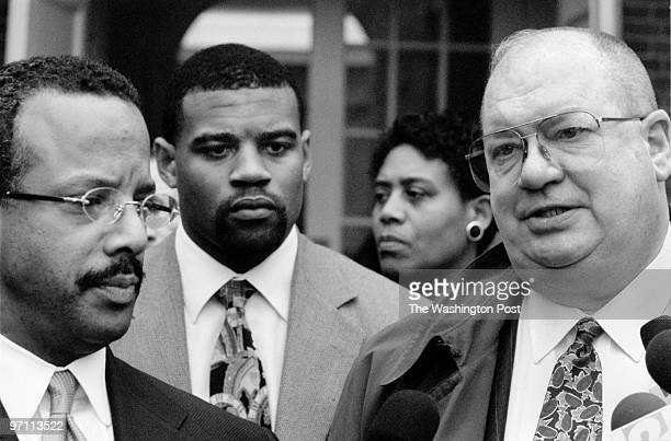 Annapolis MDPHOTOGRAPHERMARVIN JOSEPH/TWPCAPTIONfrom left to right Warren Brown and his client Cordrea Brittingham and Attorney T Joseph Touhey give...