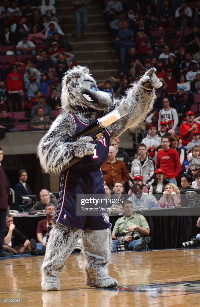 outlet store 4b2e9 7c269 Sly the Fox, the New Jersey Nets mascot, prepares to shoot a ...