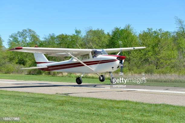 Kleines Flugzeug Landung