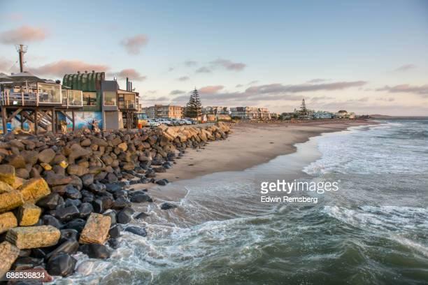 small beach in namibia - namibia fotografías e imágenes de stock