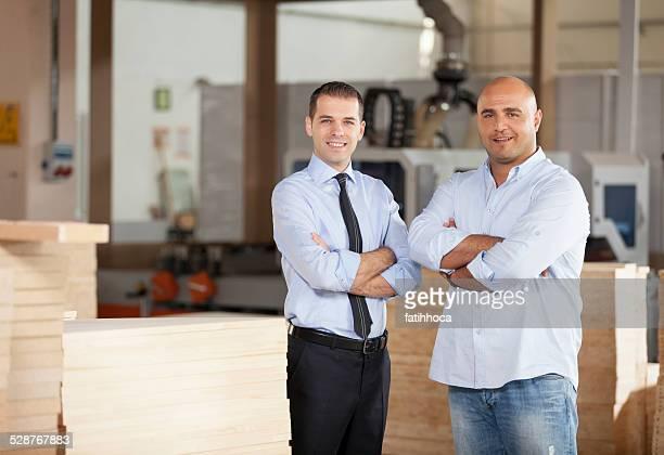 Kleine Geschäftsmann und Financial Advisor