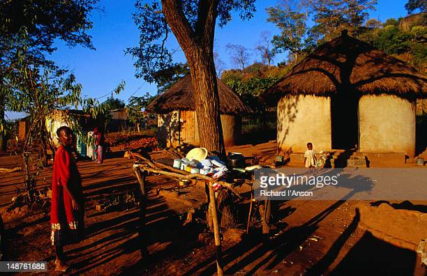 Small community on the road to Masvingo