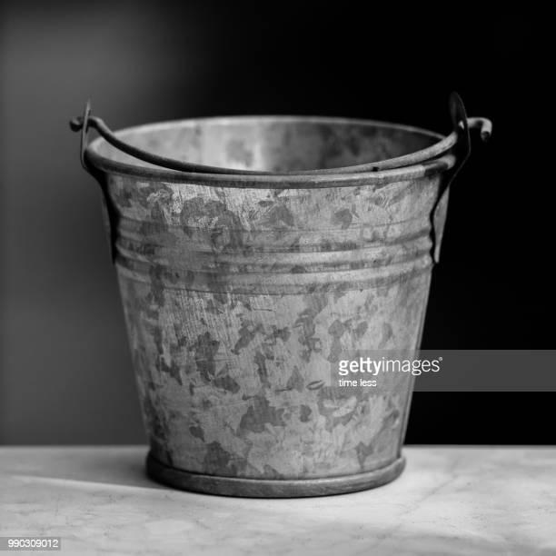 Small Empty Bucket - Detail