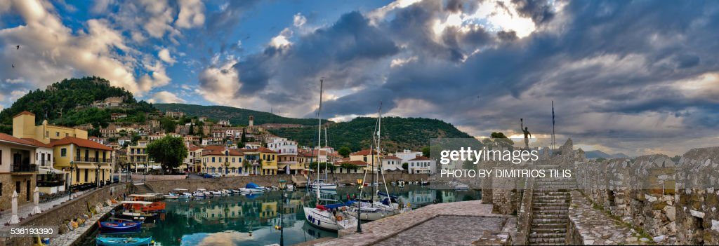 Small fortress Venetian port of Nafpaktos 4 : Stock Photo