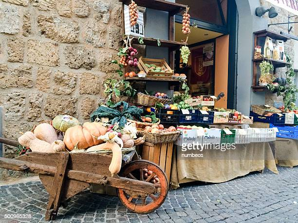 small grocery store in orvieto. - orvieto stock pictures, royalty-free photos & images