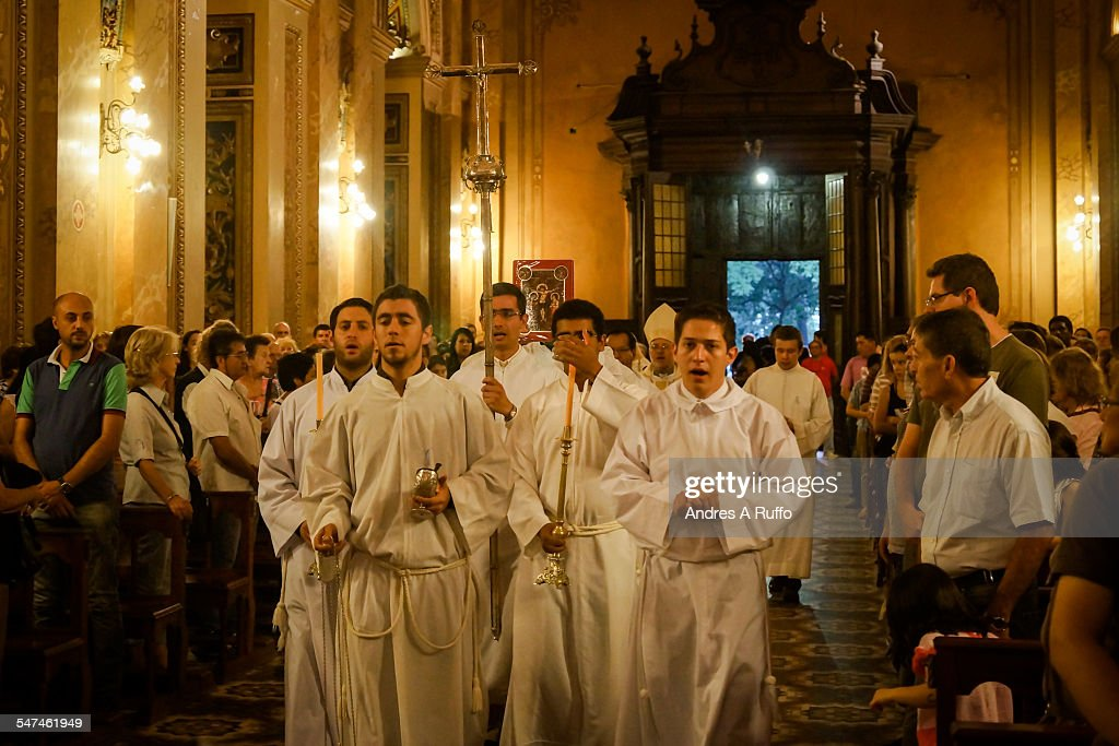 Good Friday Processions : Fotografía de noticias