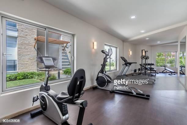 Kleiner Fitnessraum im Resorthotel
