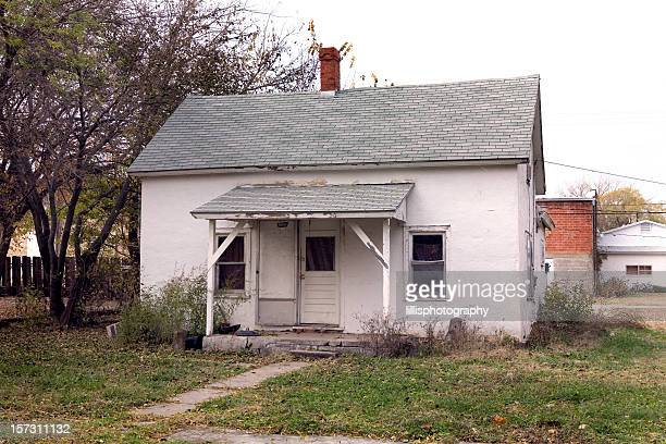 small house rural america - kansas stock pictures, royalty-free photos & images