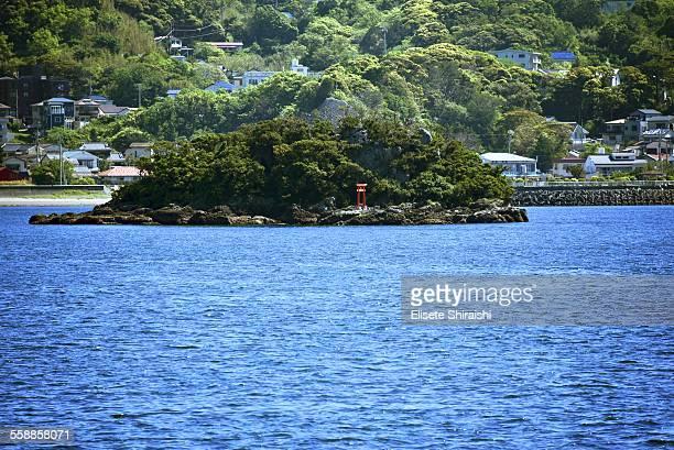 small island - 静岡市 ストックフォトと画像