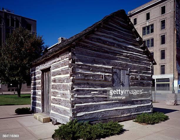 Small log cabin Dallas Texas