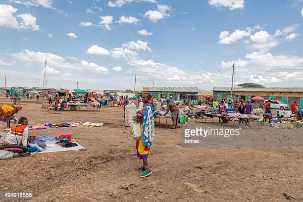 petit marché en plein air de talek, kenya, en afrique. - masai photos et images de collection