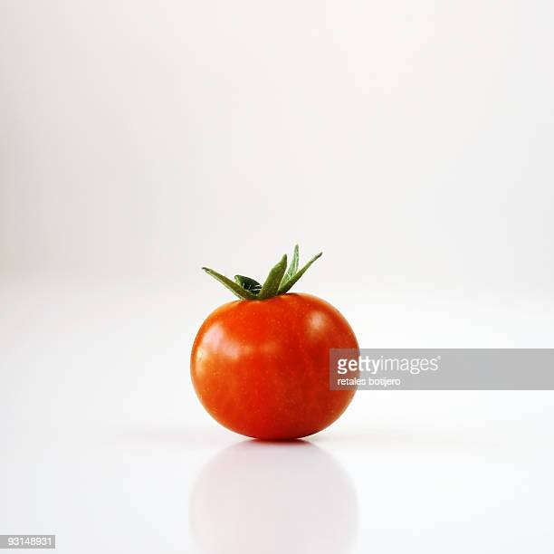 small red tomato - tomato stock pictures, royalty-free photos & images
