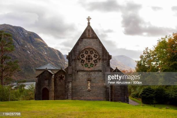 small scottish chapel - capela imagens e fotografias de stock