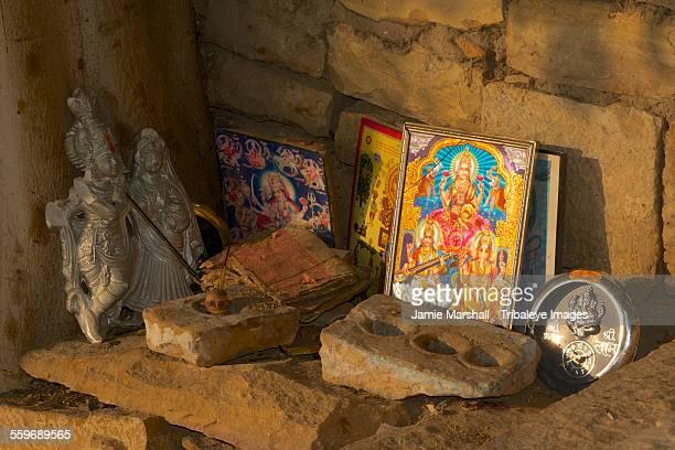 small shrine under tree, gadi sagar - laxmi ganesh stock pictures, royalty-free photos & images