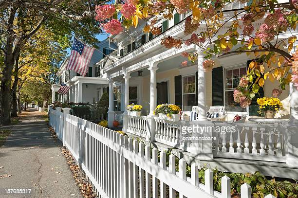 small town america street scene - a fall from grace stock pictures, royalty-free photos & images