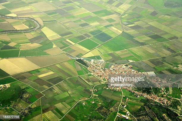 small town - crop circle stock pictures, royalty-free photos & images