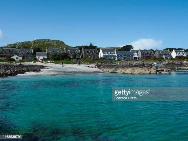 small village of iona, isle of iona, hebrides archipelago, scotland - hebriden inselgruppe stock-fotos und bilder