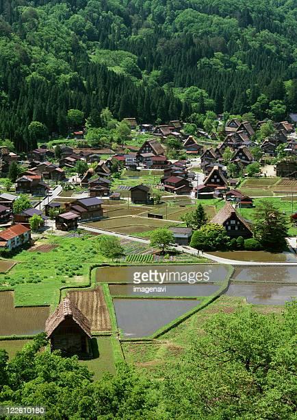 small village - 山村 ストックフォトと画像