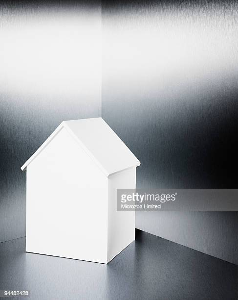 small white house - microzoa stock pictures, royalty-free photos & images