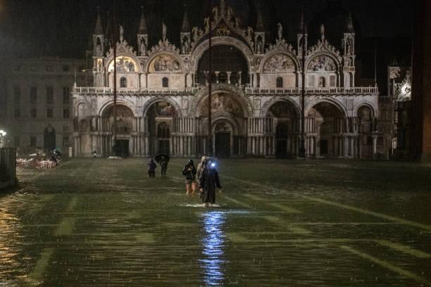 ITA: High Water In Venice By Night