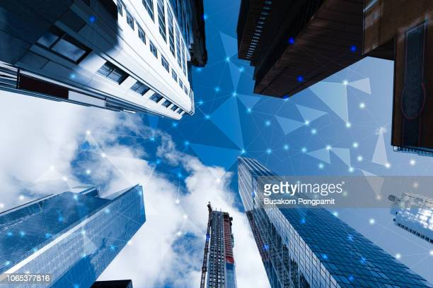 smart cityscape high-technology blue tone connected, wireless communication network, abstract image visual - us kultur stock-fotos und bilder