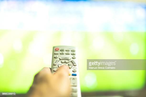 smart tv - meerkanal stock-fotos und bilder