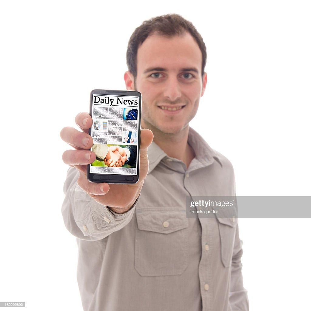 Smartphone et journal : Photo