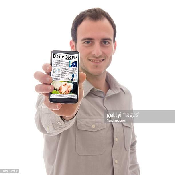 smartphone com jornal - exposição - fotografias e filmes do acervo