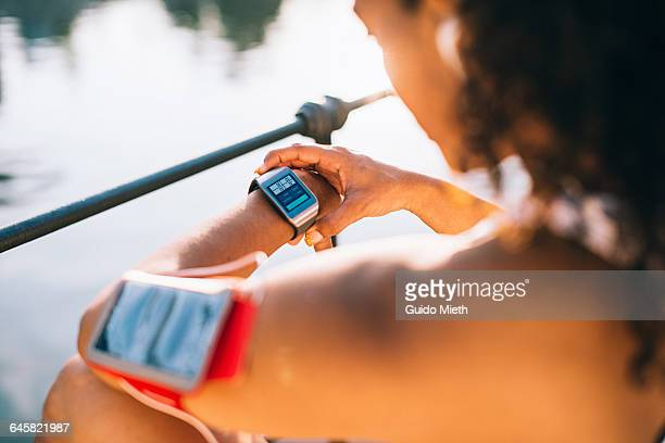 smartwatch in sunlight. - wearable computer stock pictures, royalty-free photos & images