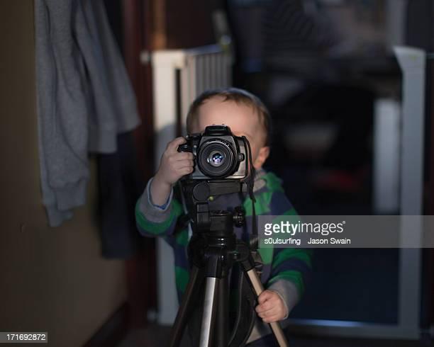 smile for the camera daddy - s0ulsurfing stockfoto's en -beelden