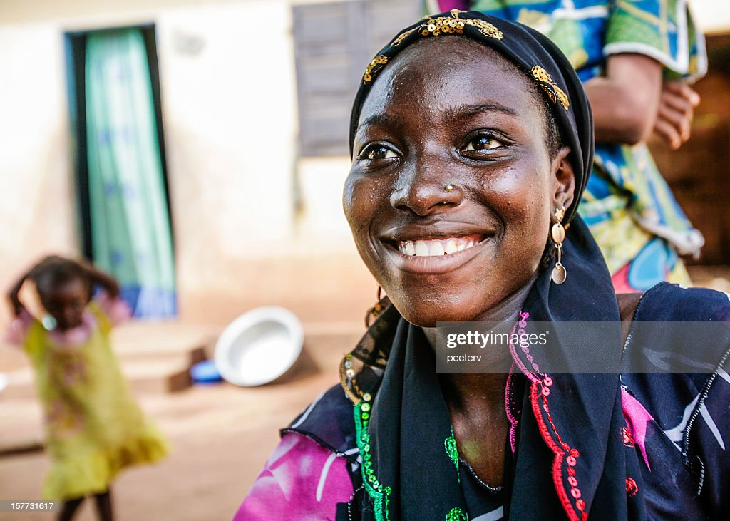 Sonriente mujer africana. : Foto de stock