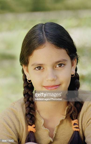 smiling girl (12-13 years), close-up - 12 13 years stock-fotos und bilder