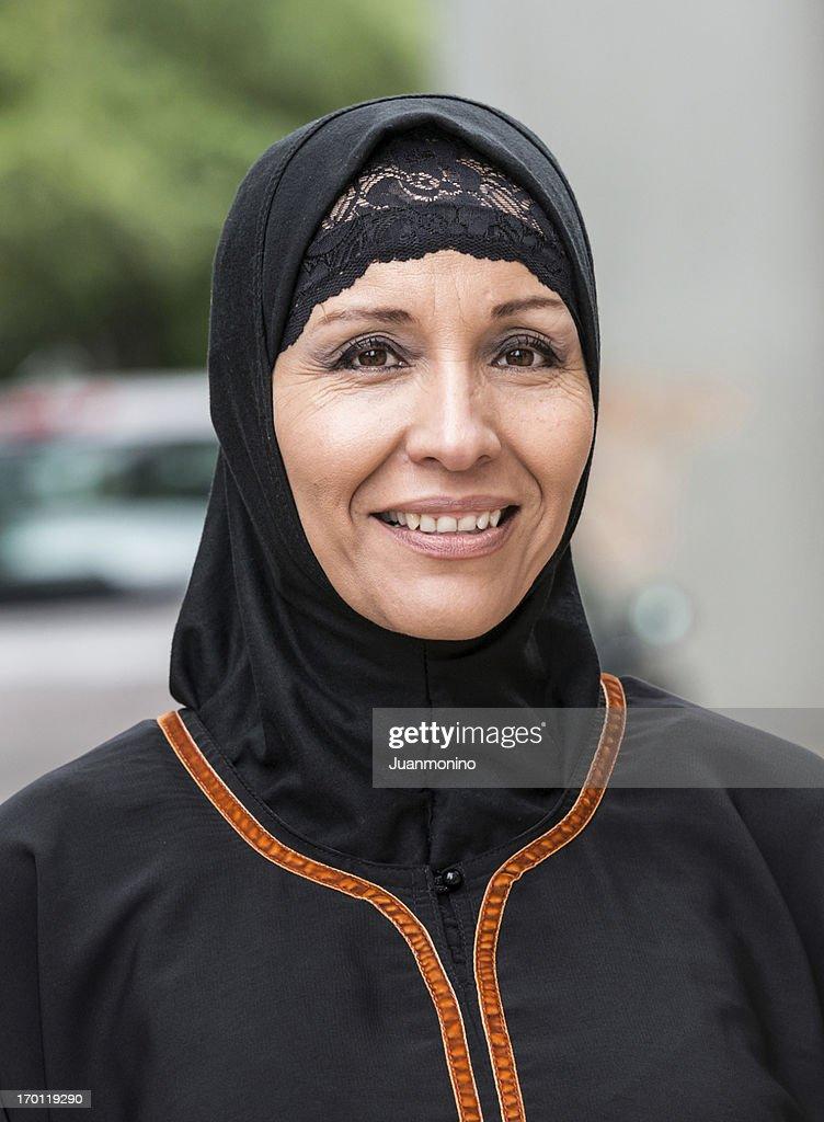 mature muslim women