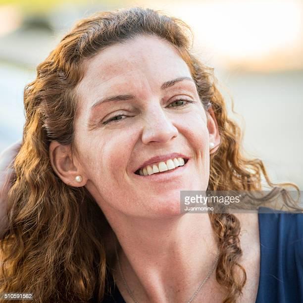 Lächelnd Ältere Frau