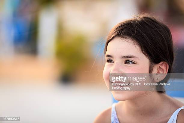 Smiling  teethless girl
