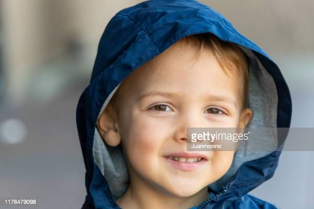 smiling three years old little boy looking at the camera - 2 3 years stock pictures, royalty-free photos & images