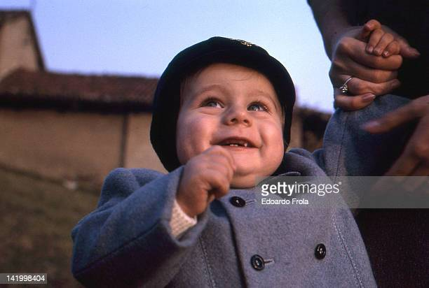 smiling toddler - 1967 stock pictures, royalty-free photos & images