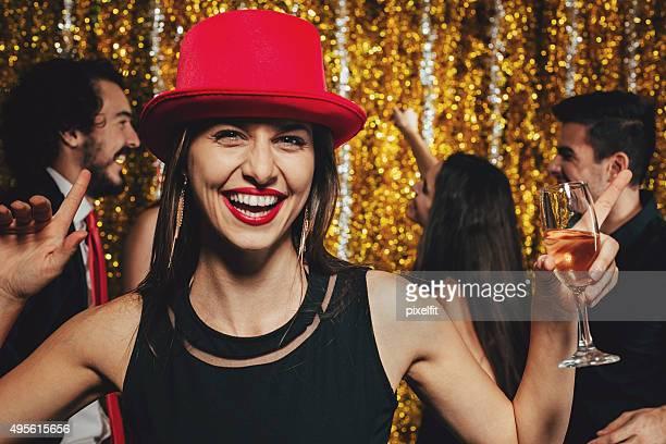 Lächelnde Frau in party
