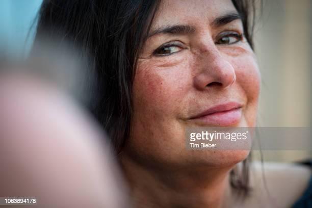 smiling woman close up - ピンクの頬 ストックフォトと画像