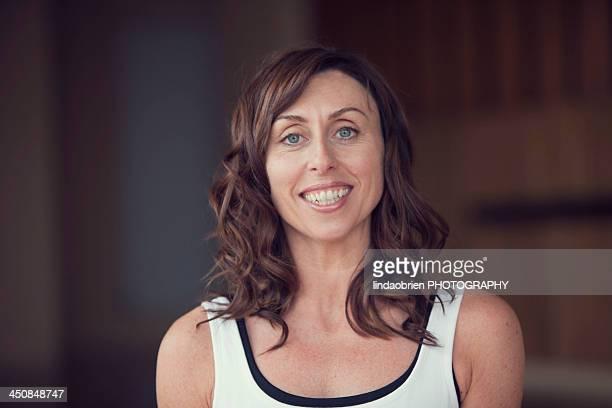 smiling woman - ウェックスフォード州 ストックフォトと画像