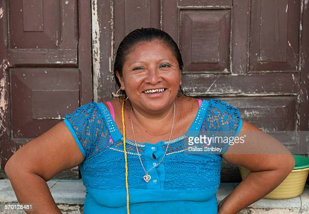 smiling woman with gold teeth, in valladolid - gold tooth stock photos and pictures